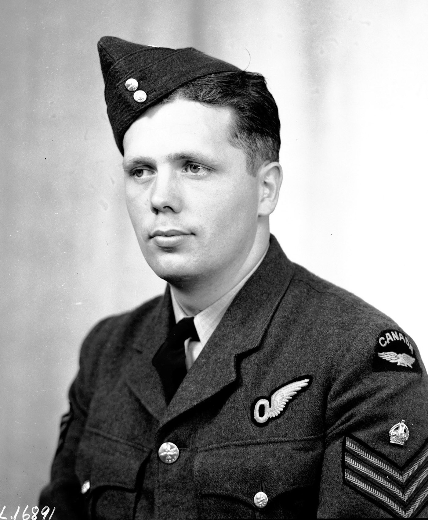 Flight Sergeant Donald A. MacLean, RCAF, was photographed in London, England, shortly after the Dambusters raid. PHOTO: DND Archives, PL-16891