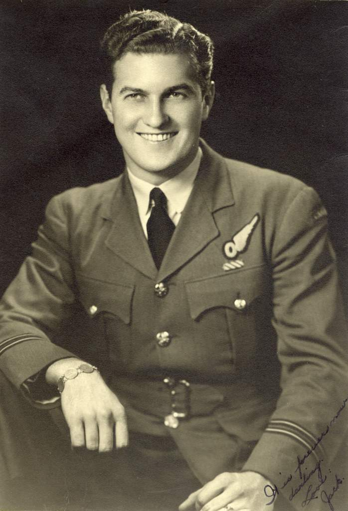 Le capitaine d'aviation Jack Watts faisait partie du Bomber Command pendant la Seconde Guerre mondiale. PHOTO : Fournie